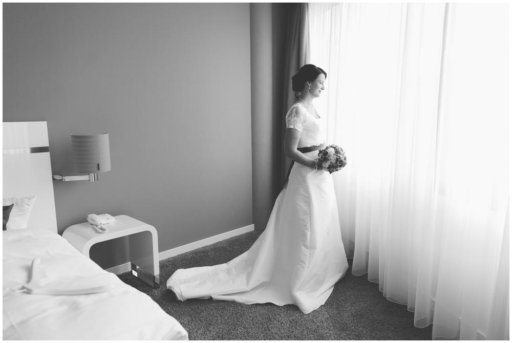 Braut schwarz weiß