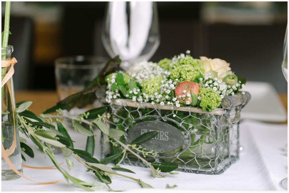 Dekoration Hochzeit weiß