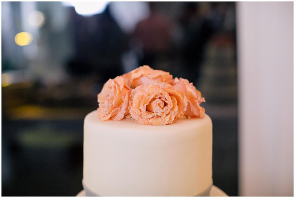 Hochzeitstorte weiß peach