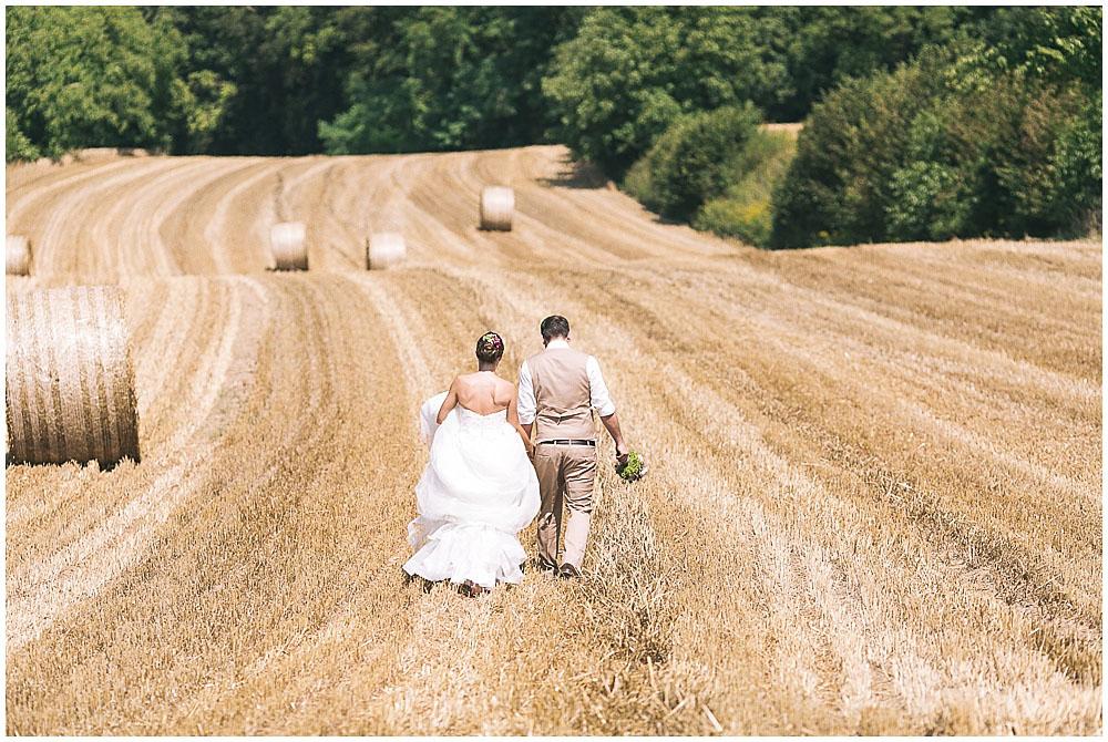Brautpaar Fotos Feld