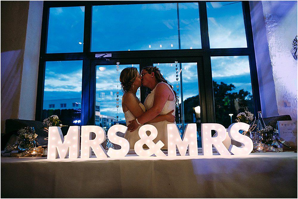 Mrs and Mrs Hochzeit Dortmund